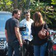 """Harry Styles avec une amie et Rande Gerber avec sa femme Cindy Crawford, sortent du restaurant de Rande, le """"Cafe Habana"""" à Malibu. Los Angeles, le 25 août 2016. © CPA/Bestimage"""