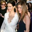 Jennifer Aniston et Courteney Cox le 10 novembre 2003