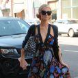 Paris Hilton fait du shopping à Beverly Hills, Los Angeles, Californie, Etats-Unis, le 29 août 2016.