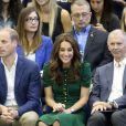 Le prince William et Kate Middleton, duc et duchesse de Cambridge, ont rencontré l'équipe féminine de volley-ball de l'Université de Colombie-Britannique à Kelowna dans la vallée de l'Okanagan et assisté à un match, au matin du quatrième jour de leur visite officielle au Canada, le 27 septembre 2016. Ils ont par ailleurs reçu des maillots en cadeau.