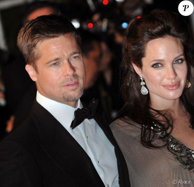 Angelina Jolie et Brad Pitt au festival de Cannes en 2008. L'actrice est enceinte des jumeaux Knox et Vivienne