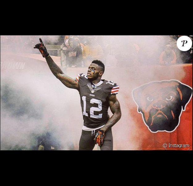 Josh Gordon, receveur des Cleveland Browns, a indiqué le 29 septembre 2016 qu'il renonçait provisoirement à sa carrière pour entrer en centre de désintoxication et tenter de vaincre ses addictions. Photo Instagram.