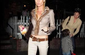 REPORTAGE PHOTOS : La jolie Nicollette Sheridan... sortie nocturne entre copines à L.A. !