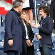 Jean-Luc Reichmann et sa femme Nathalie, Arnaud Tsamere lors du match PSG - Bordeaux au Parc des Princes le 1er octobre 2016. © Cyril Moreau / Bestimage
