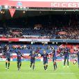 Les joueurs du PSG fêtent leur victoire 2-0 sur Bordeaux au Parc des Princes le 1er octobre 2016. © Cyril Moreau / Bestimage