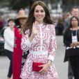 La duchesse Catherine de Cambridge portait une robe Alexander McQueen à Vancouver au Canada le 25 septembre 2016.