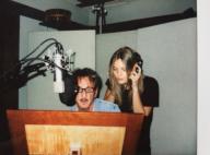 Sean Penn pose sur tapis rouge avec sa chérie... plus jeune que sa fille Dylan