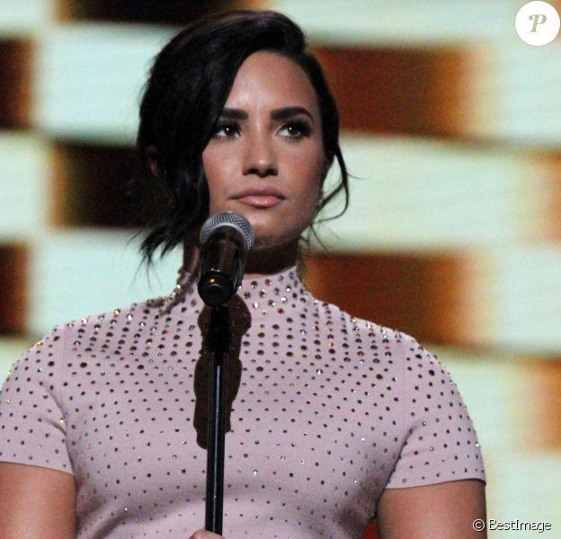"""Demi Lovato à la Convention du Parti Démocrate au """"Wells Fargo Arena"""" à Philadelphie, le 25 juillet 2016."""