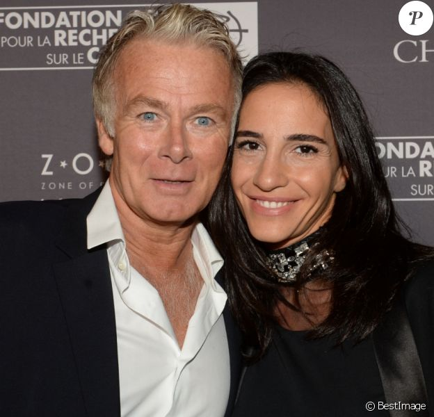 Franck Dubosc et sa femme Danièle lors du dîner de la fondation ARC au restaurant de l'hôtel The Peninsula à Paris le 10 octobre 2016.