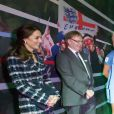 Le prince William, duc de Cambridge et Catherine Kate Middleton, duchesse de Cambridge visitent le musée du football de Manchester le 14 octobre 2016.  14th October 2016 Manchester UK Britain's Prince William and Catherine, Duchess of Cambridge, visit to The National Football Museum, housed in Manchester's iconic Urbis building. The Duke and Duchess will first attend a reception with some of the brightest and best young Mancunians, who are making a difference to their communities. They will then take a tour of the museum, which aims to explain to fans and non-fans alike how and why football has become &x2018;the people&x2019;s game&x2019;, a key part of England's heritage and way of life.14/10/2016 - Manchester