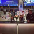 Laeticia Hallyday, de retour du Vietnam, a reçu un accueil surprise de ses filles et de Johnny - À Los Angeles, octobre 2016.