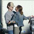 Tobey Maguire et Jennifer Meyer à West Hollywood en 2003