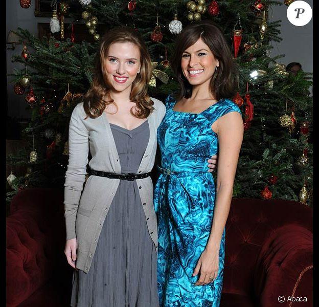 Scarlett Johansson et Eva Mendes