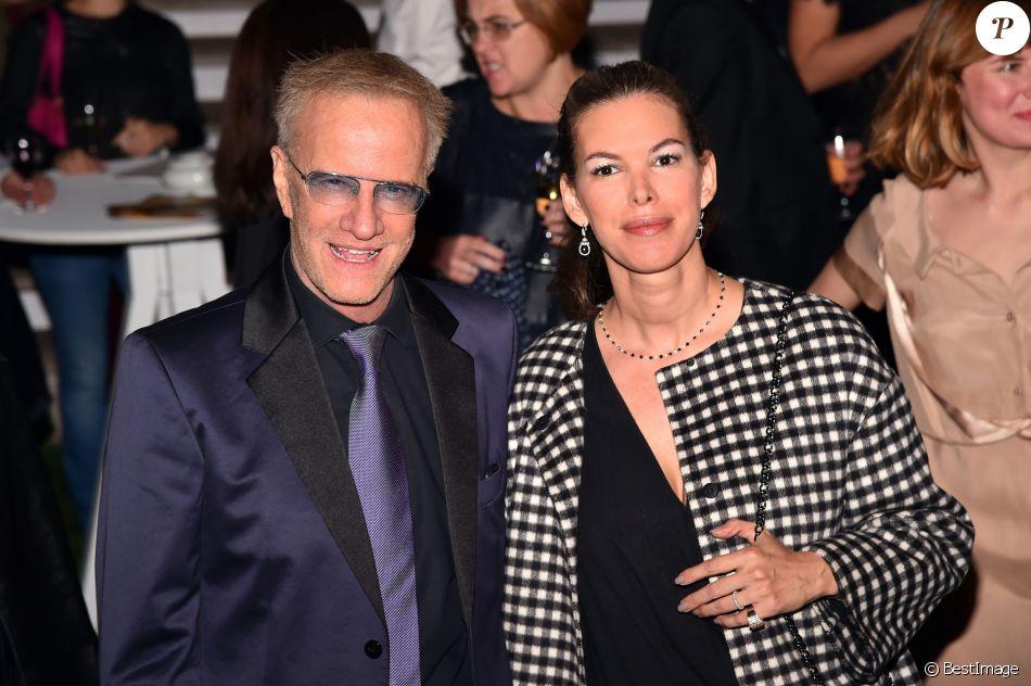 Christophe Lambert et sa nouvelle compagne Karima Zerkani au MIPCOM 2016 à Cannes le 16 octobre 2016. © Bruno Bebert/Bestimage