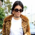 Kendall Jenner et Scott Disick font du shopping chez Barneys New York à Beverly Hills, le 12 octobre 2016