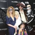 Annabel Van Der Beek avec sa femme James Van Der Beek et ses enfants Joshua Van Der Beek, Kimberly Brook et Olivia Van Der Beek à la soirée Good+ Foundation's first annual Halloween à Hollywood, le 29 octobre 2016