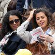 Noura El Shwekh, compagne de Jo-Wilfried Tsonga, avec Evelyne Tsonga, sa maman, dans les tribunes des Internationaux de France de tennis de Roland-Garros à Paris le 24 mai 2016 © Dominique Jacovides / Bestimage
