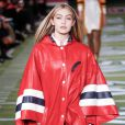 Gigi Hadid - Défilé de mode Tommy Hilfiger prêt à porter Automne-Hiver 2015 lors de la fashion week à New York, le 16 février 2015.