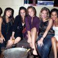 Meghan Markle le 25 août 2016 avec Marshall Heyman, Raina Kenchansky, Mona Shars, Mandy Moore, Heather Feit au club The Pink Elephant à Southampton, New York