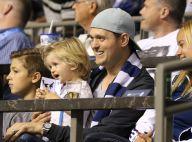 """Michael Bublé : Son fils de 3 ans a un cancer, sa femme et lui sont """"dévastés"""""""