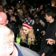 Madonna arrive avec son fils David au Washington Square Park pour un concert surprise à New York en faveur d'Hillary Clinton, le 3 novembre 2016.