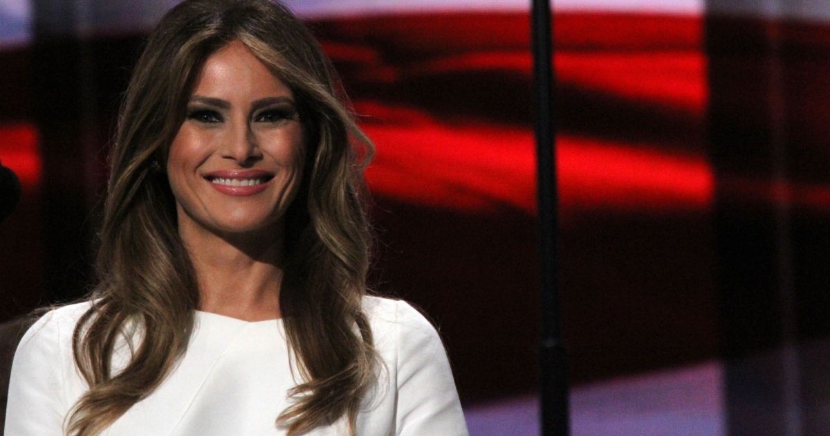 donald trump pr sident des usa qui est melania la nouvelle first lady purepeople. Black Bedroom Furniture Sets. Home Design Ideas