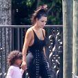 Exclusif - Kim Kardashian, accompagnée de Larsa Pippen, emmène sa fille North passer la journée au bord d'une piscine à Miami, le 20 septembre 2016