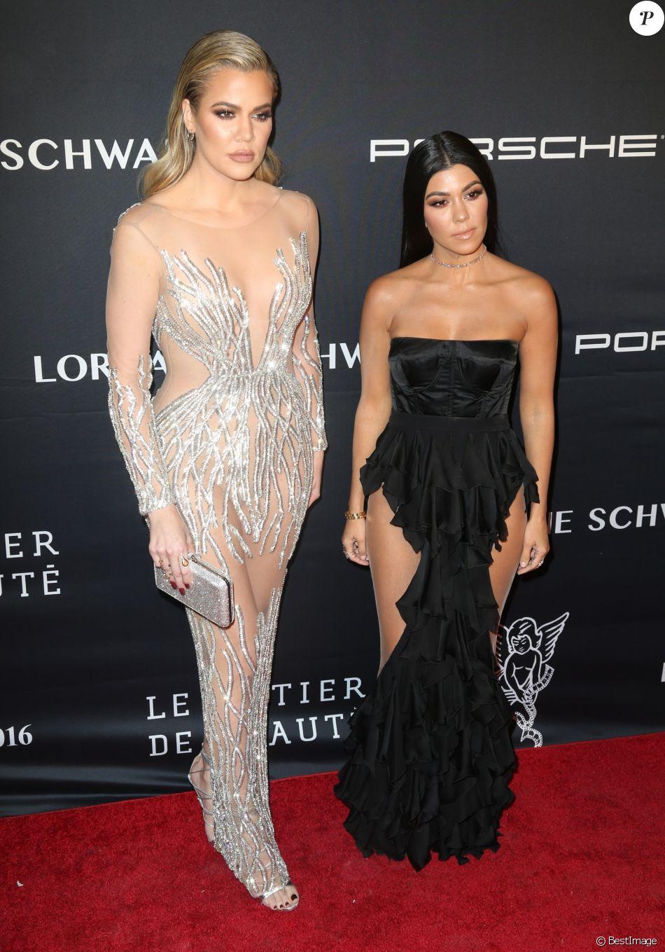 Khloé et Kourtney Kardashian- Angel Ball de la Gabrielle's Angel Foundation for Cancer Research au Cipriani Wall Street. New York, le 21 novembre 2016.