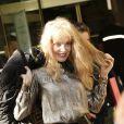 """Arielle Dombasle au défilé de mode """"Vanessa Seward"""", collection prêt-à-porter Printemps-Eté 2017 à Paris, le 4 octobre 2016.© Christophe Aubert via Bestimage"""