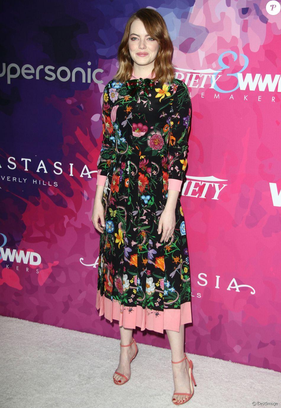 Emma Stone (robe Gucci, collection croisière 2017) à la 2e édition des  StyleMakers Awards au Quixote à West Hollywood. Los Angeles, le 17 novembre  2016.