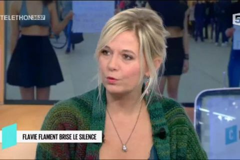 "Mort de David Hamilton : Flavie Flament ""estomaquée"" par des accusations"