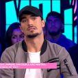 """Julien Guirado tacle Vanessa Lawrens et Gabano dans le """"Mad Mag"""" de NRJ12 le 6 décembre 2016."""