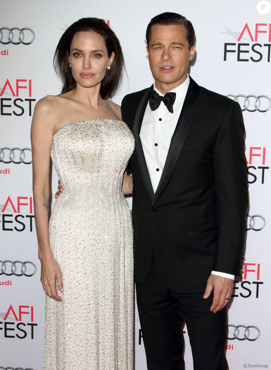 """Angelina Jolie et son mari Brad Pitt - Première de """"By the Sea"""" à Los Angeles le 5 novembre 2015. © CPA/Bestimage"""