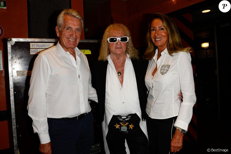 Michel Polnareff entouré de ses producteurs Gilbert et Nicole Coullier à l'Olympia à Paris le 14 juillet 2016. © Coadic Guirec / Bestimage