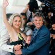 Jeanne Triplehorn, Sharon Stone et Paul Verhoeven à Cannes en 1992.
