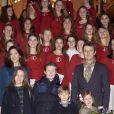 Le prince Frederik de Danemark, la princesse Mary et leurs quatre enfants, Christian, Isabella, Vincent et Josephine, assistaient le 12 décembre à la Sainte Lucie en l'église Isaiah à Copenhague.