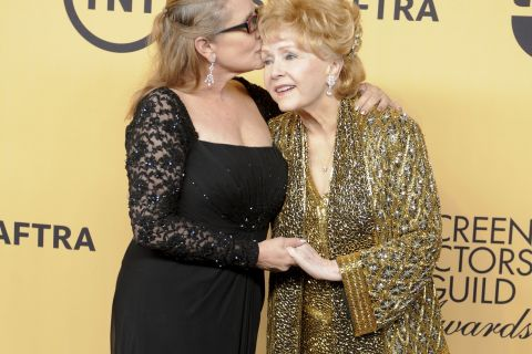 Carrie Fisher : Debbie Reynolds face à la mort de sa fille, sa princesse