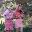 """Billie Lourd et Abigail Breslin dans la première saison de """"Scream Queens"""" en 2015."""