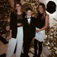 """""""Laury Thilleman fête la nouvelle année avec sa petite soeur Julie et son petit frère Hugo."""""""