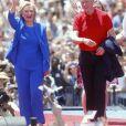 """""""Présidentielle américaine: Hillary Clinton lance la deuxième phase de sa campagne accompagnée de son mari le président Bill Clinton et de sa fille Chelsea Clinton à New York le 13 juin 2015."""""""