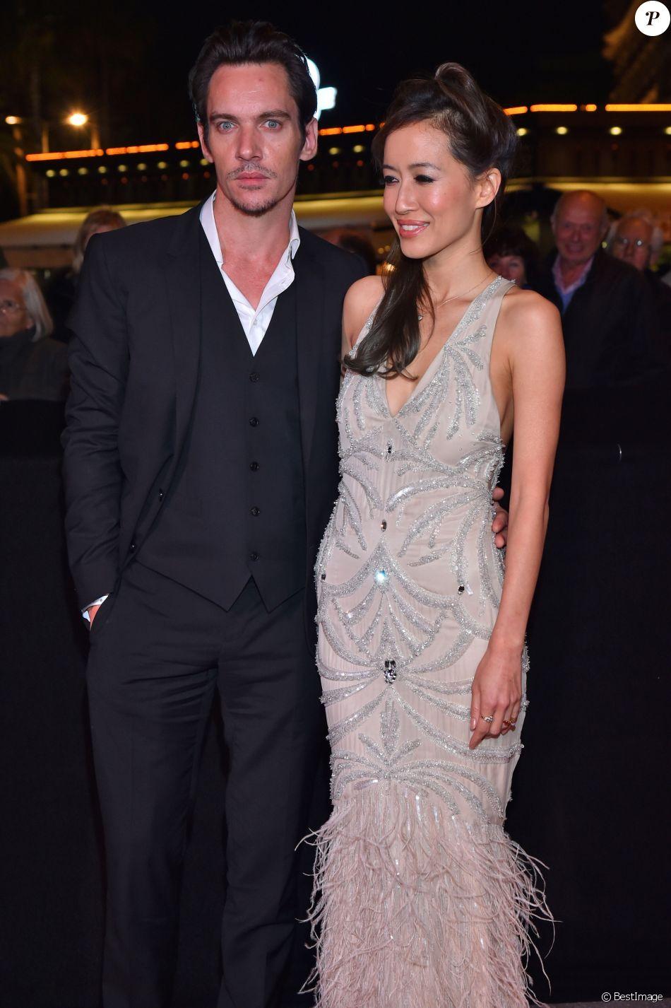 Jonathan Rhys-Meyers, acteur, chanteur et mannequin irlandais, et sa fiancée Mara Lane - Soirée du MIP TV 2016 à l'hôtel Martinez à Cannes. Le 4 avril 2016