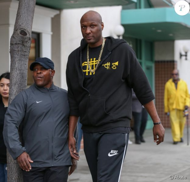 Lamar Odom fait du shopping dans la bijouterie Gearys à Beverly Hills. Le 5 janvier 2017.