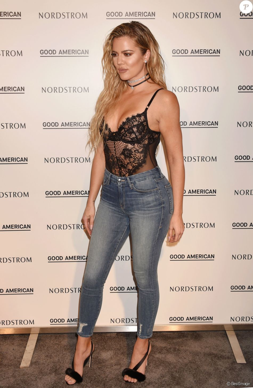 """Khloe Kardashian au lancement de sa nouvelle ligne de jeans baptisée """"Good American"""" dans la boutique Nordstrom à Los Angeles, le 18 octobre 2016. © CPA/Bestimage"""