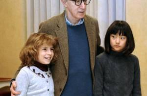 PHOTOS : Woody Allen, un jazzman passionné en tournée... ses deux fillettes sont ses premières groupies!