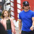 Exclusif - Mark Wahlberg fait du shopping avec sa fille Ella à Los Angeles Le 26 Novembre 2016