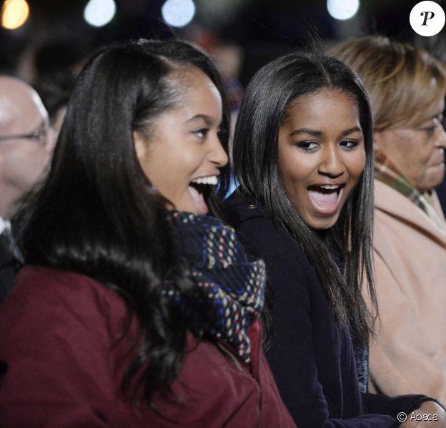 Malia et Sasha Obama à Washington, le 3 décembre 2015.