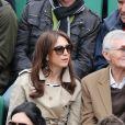 Elsa Zylberstein et son père Albert Zylberstein - People aux Internationaux de France de tennis de Roland Garros à Paris, le 27 mai 2014, pendant le match de Gaël Monfils.