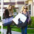 Briana Jungwirth quitte son domicile avec son fils Freddie Reign Tomlinson Los Angeles, le 29 janvier 2016