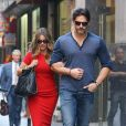 Sofia Vergara et son fiancé Joe Manganiello dans les rues de New York, le 23 septembre 2015.