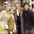 Exclusif - John Hurt, avec ses fils Nicholas et Alexander, et Anwen Rees-Myers lors de leur mariage à Westminster, Londres, en février 2005.